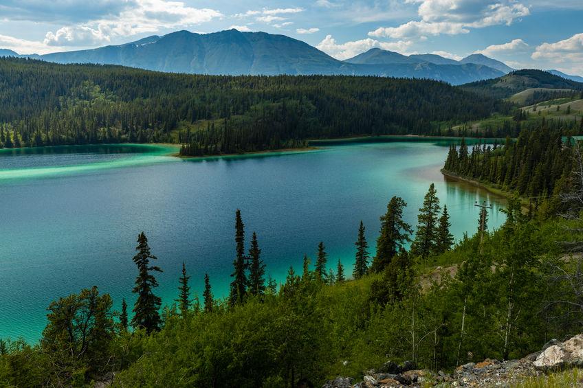 Yukon_bluelake